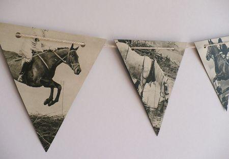 *horses bunting 3
